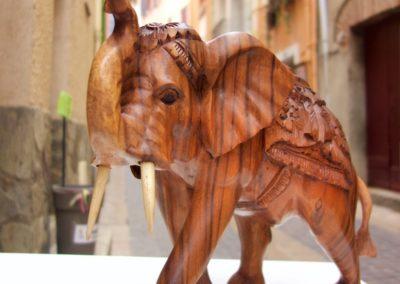 Eléphant, Bois de Suar, 30 cm