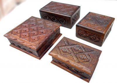 Boîtes ciselées, Ebène de Makassar (sono), différentes tailles
