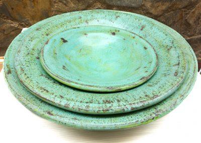 Set de 3 assiettes-plats Terracota, vert bronze ou vert anis ou rouge
