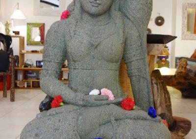 Tara verte, pierre volcanique, 120 cm