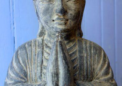 Buddha Siddharta, pierre reconstituée, 60 cm, détail