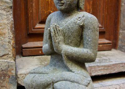 Buddha Siddharta, pierre volcanique, 60 cm