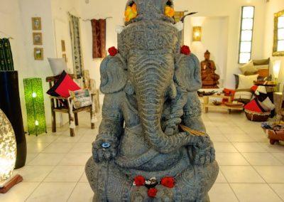 Ganesha, pierre volcanique, 130 cm