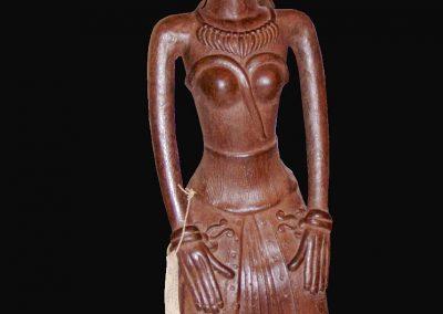 Femme indonésienne, terra-cotta, 55 cm