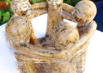 Ronde humaine, Terracota gold antik 40 cm