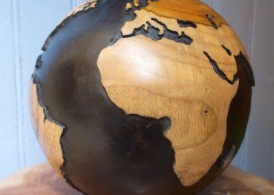 Globe Terrestre, teck de culture, 25/30 cm de diamètre